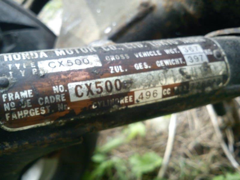 GL500 et CX500  : Différence(s) entre leurs deux moteurs ? DSC00708